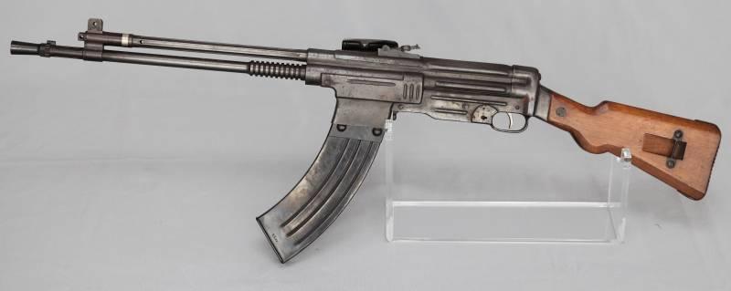 Автоматическая винтовка CB-52 (Испания)