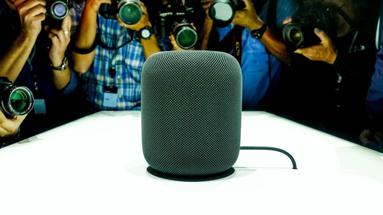 Apple HomePod — смарт-колонка с Siri и системой оценки помещения