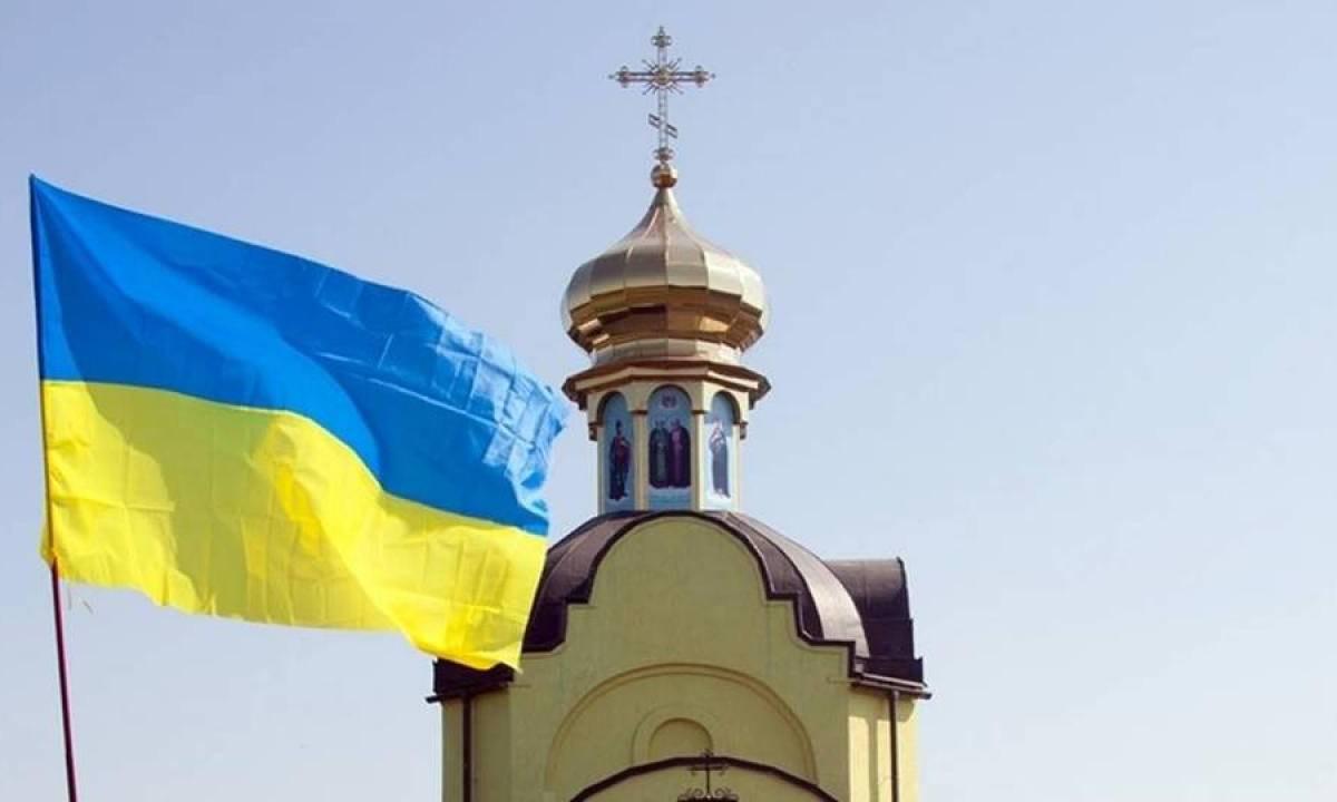 Расчет в интересах Запада: украинская церковь не увидит независимость