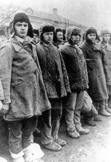"""Невинно загубленные жертвы """"сталинизма"""" на обложке книги, как оказалось, совсем не жертвы Россия, Политика, Сталинские репрессии, репрессии, гулаг, история, халтура, длиннопост"""