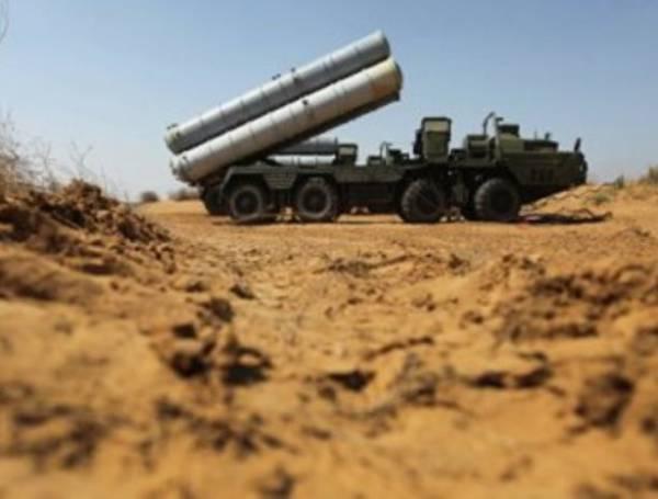 СМИ: ЗРК С-300 заступают на боевое дежурство в Сирии