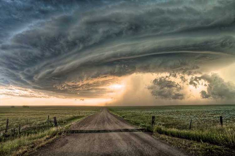 Supercell thunderstorm rolling across the Montana prairie