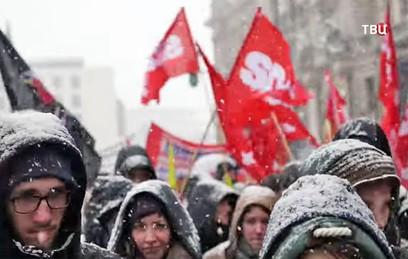 В Мюнхене тысячи демонстрант…