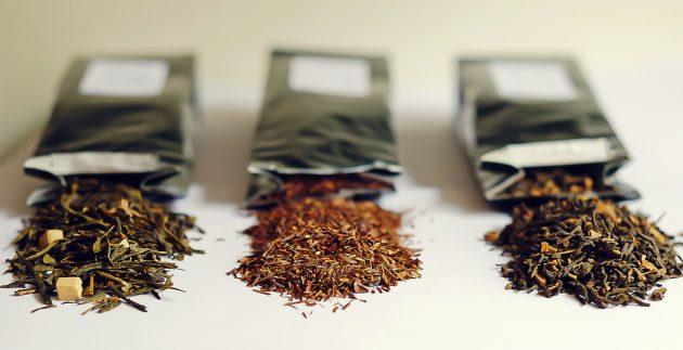 полезные продукты: зелёный или травяной чай