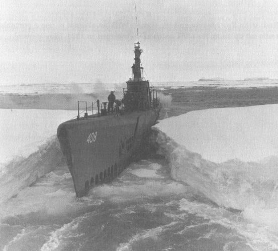 Подводная лодка SS-408 «Сеннет» во время операции Highjump.
