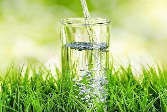 Польза от утреннего стакана воды