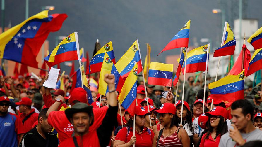 Россия спасёт Венесуэлу от а…