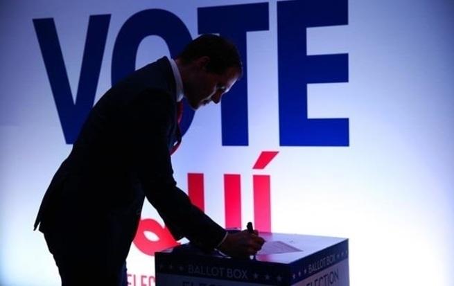 Американские истерички попались с поличным: выборы в США намеренно уязвимы