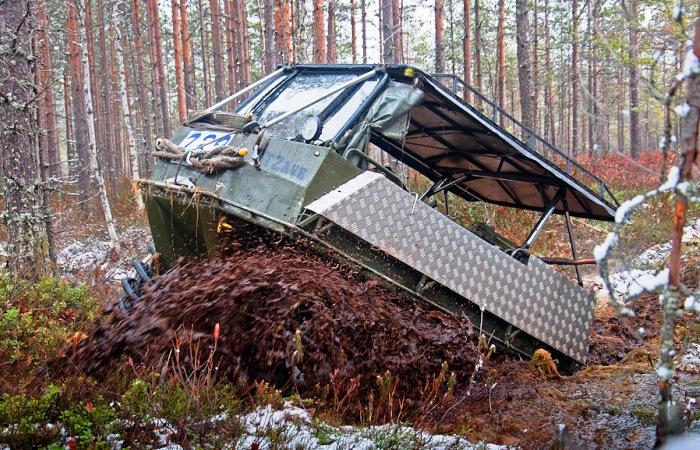 Российский умелец из пластиковых труб и двигателя Daewoo Matiz сделал собственный вездеход