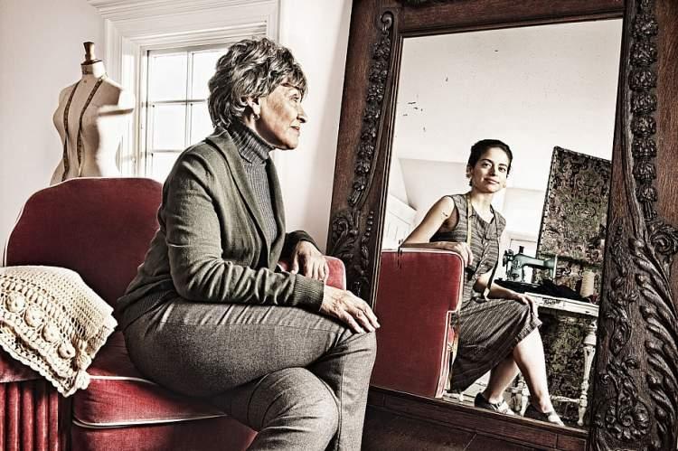 Зеркальные тайны: что категорически нельзя делать перед зеркалом