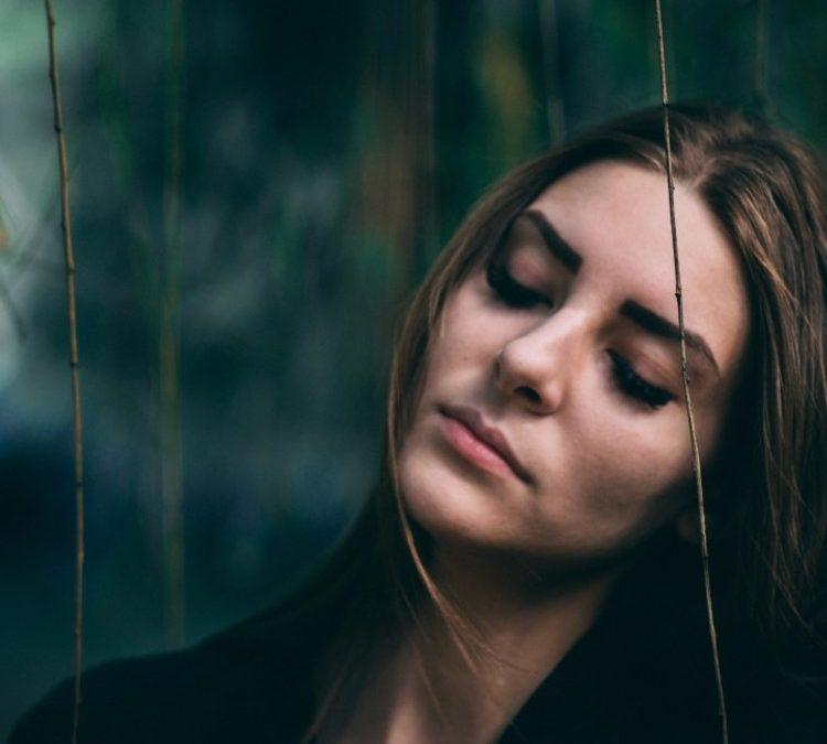 8 признаков, что он не ценит тебя
