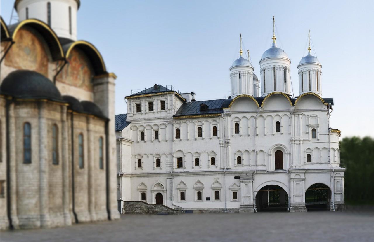 Москва. Собор Двенадцати апостолов в Патриаршем доме и Патриаршие палаты