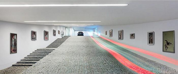 Загородный дом для семьи автомобилистов в Еленя-Гуре: интерьер помещений