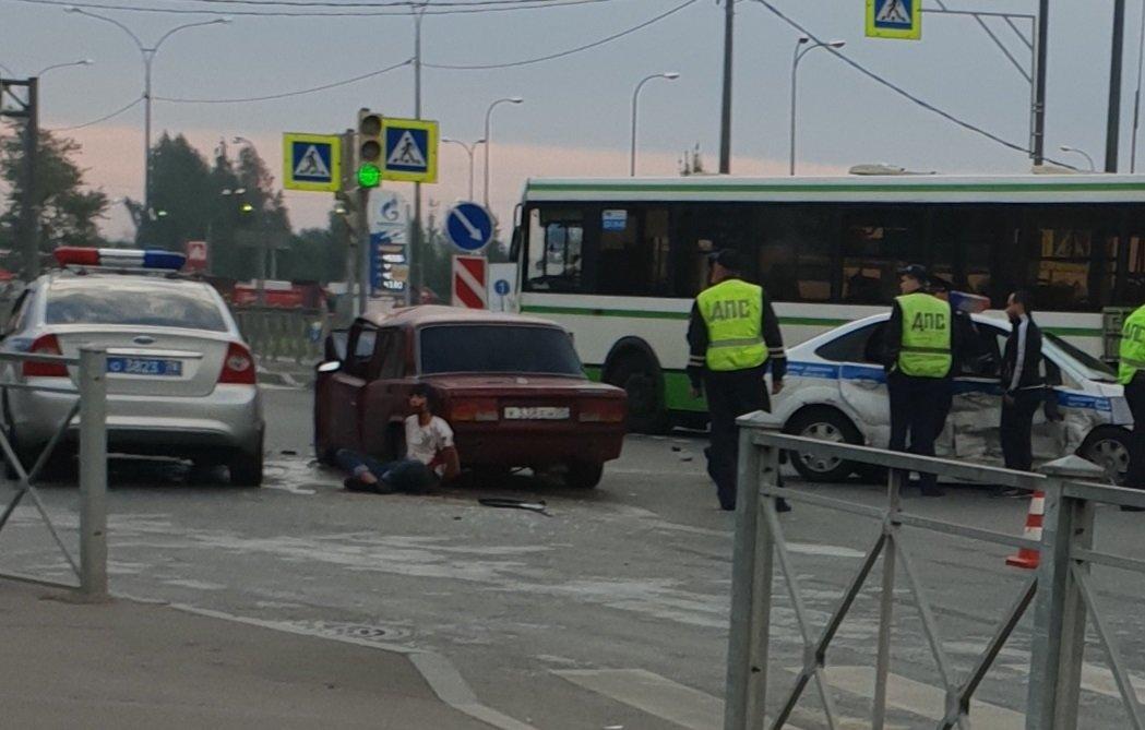 Серьёзная авария с участием девушки-водителя произошло во Владивостоке