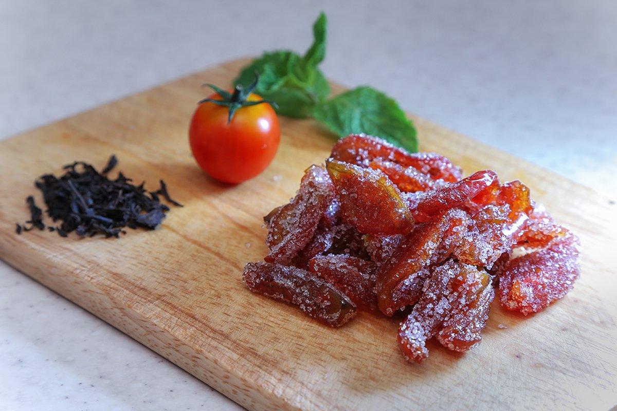 Продукты, которые нужны для приготовления сладких вяленых помидоров