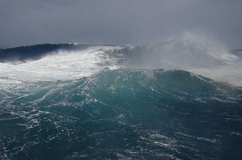 Картинки по запросу страшное море