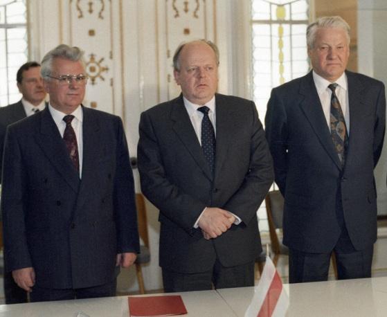 Кравчук, Шушкевич, Ельцин
