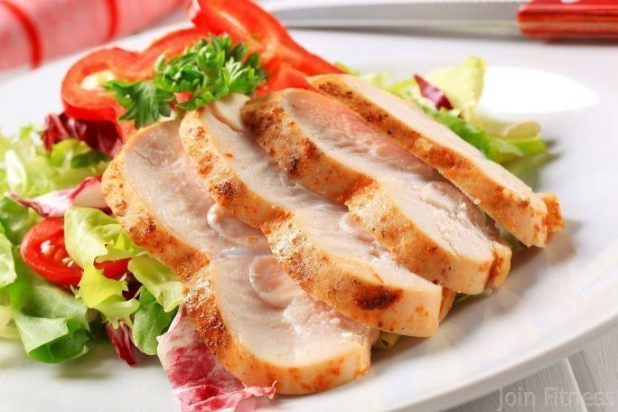 Куриная грудка, похожая на ветчину, приготовь на ужин