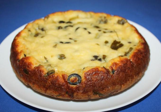 Сырный пирог с маслинами
