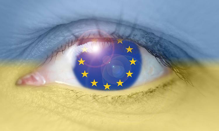 """Украинцев ждут в Европе """"тушкой и чучелом"""""""