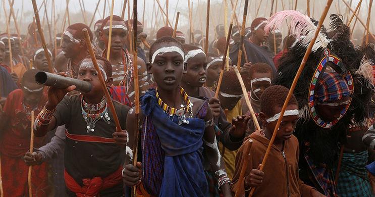 Тысячи мальчиков племени масаи прошли инициацию