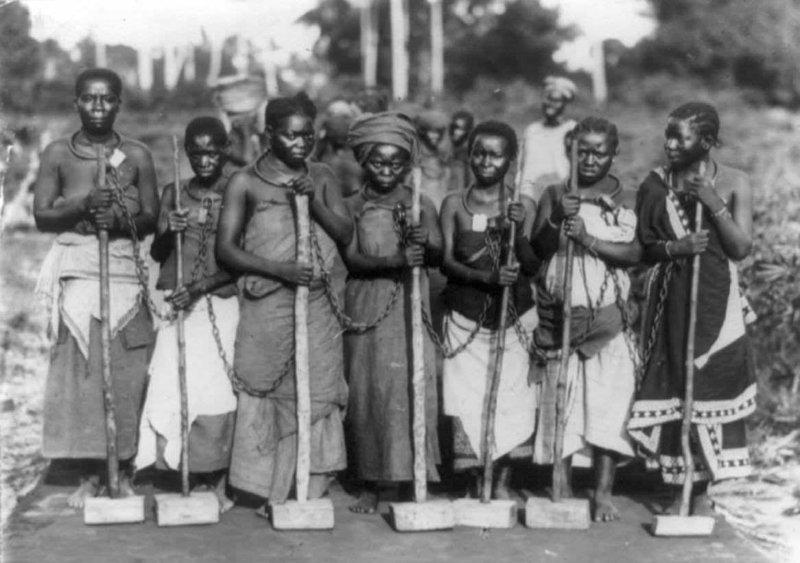 7. Женщины в исправительной колонии, Центральная Африка, 1905 год век, мир, прошлое, снимок, событие, странность, фотография