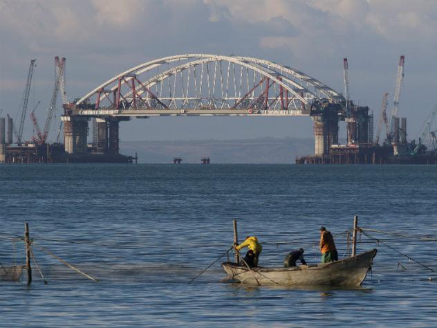 Политолог заявил о возможном подрыве Крымского моста