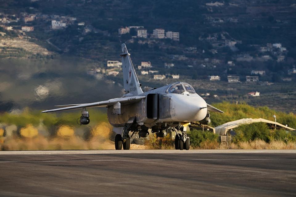 Россия возобновила авиаудары…