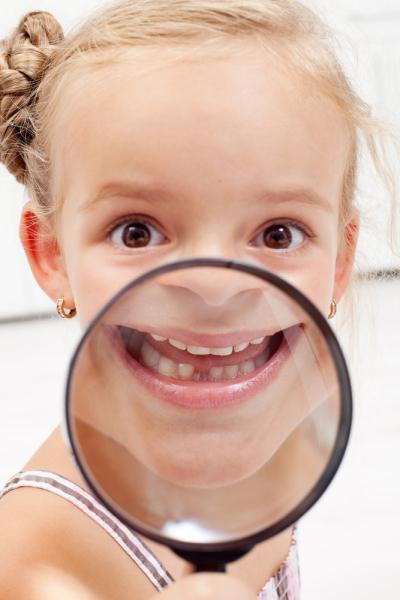 Почему дети скрипят зубами?