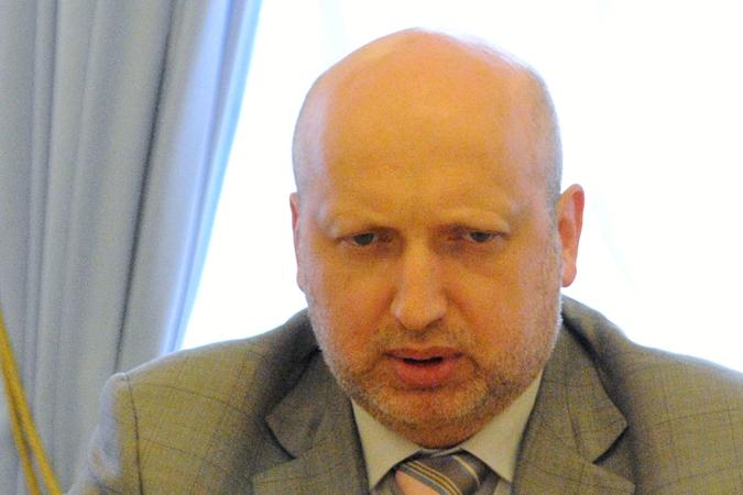 Турчинов призвал украинцев отказаться от интернет-сервисов с доменом .ru