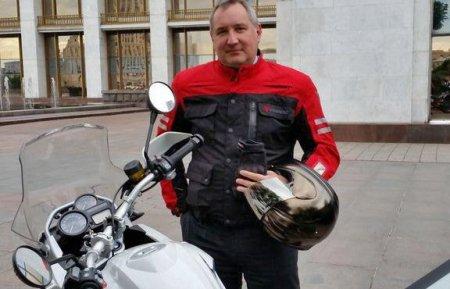 Вице-премьер пересел на мотоцикл - Фото 1