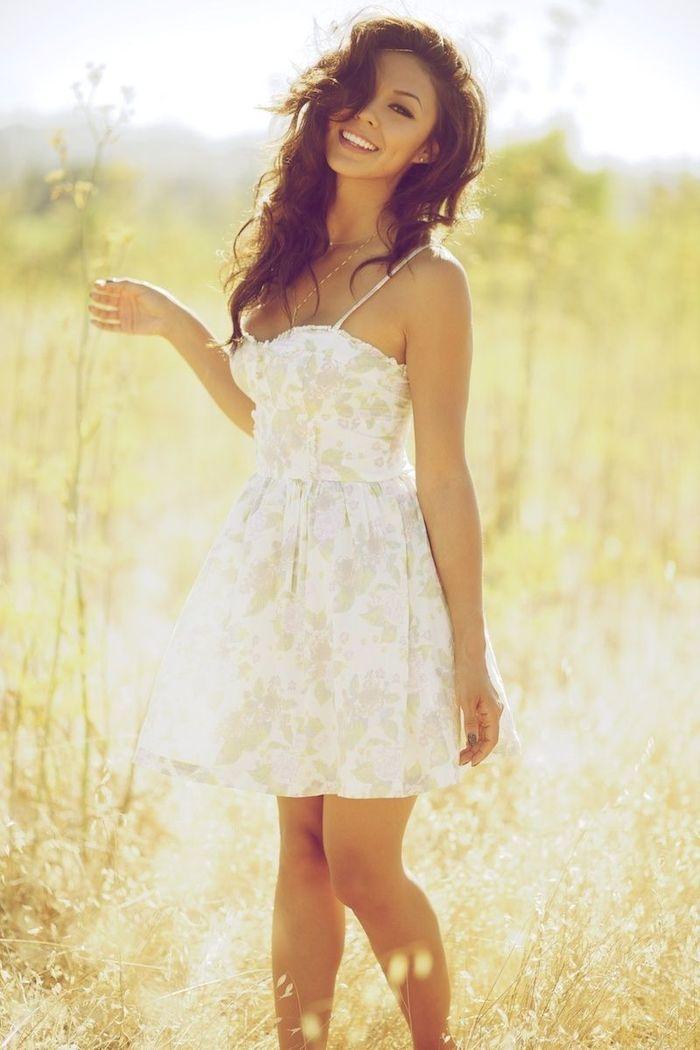 Фото девушек летом в платьях