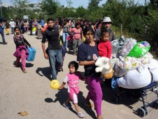 Кризисная Латвия потратит 25 миллиардов евро на обустройство цыганских поселков для шести тысяч цыган