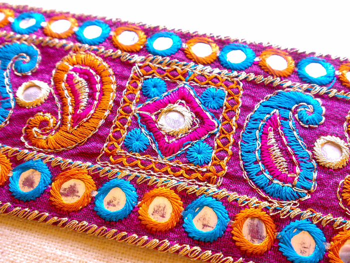 embroidery_hand_stitching (700x525, 701Kb)