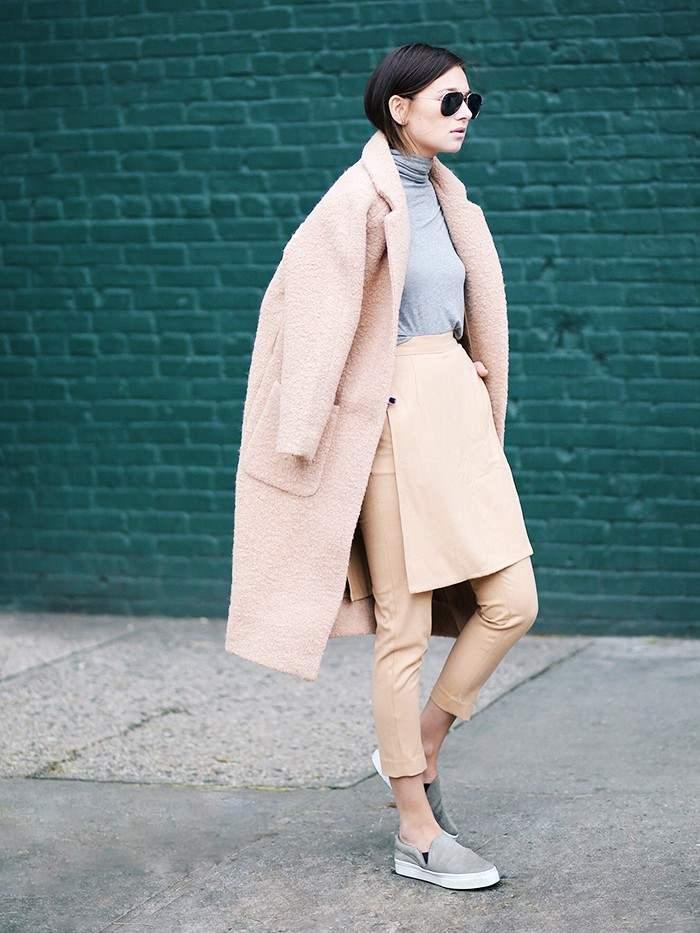 Вместо джинсов: модные блоггеры променяли джинсы на эту модель брюк