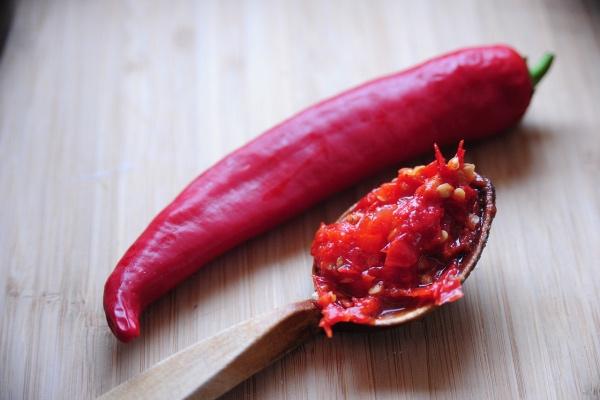 8 скрытых преимуществ острой еды, согласно науке