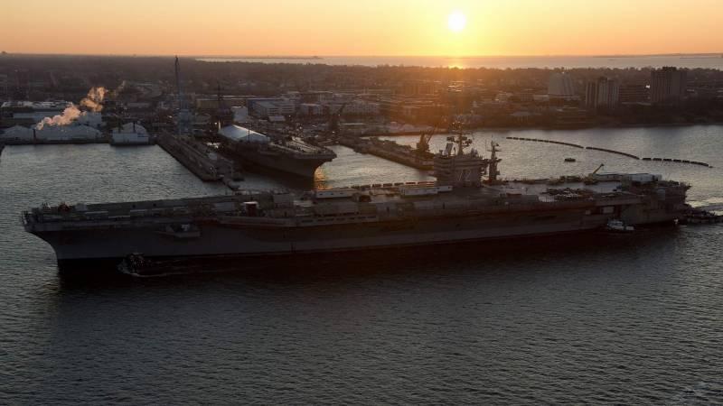 Авианосец USS Abraham Lincoln (CVN-72) прошел ремонт и модернизацию