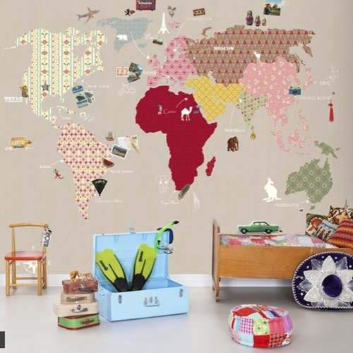 Из отдельных кусков вырезать географическую карту для детской комнаты. декор, куски, обои, остатки сладки