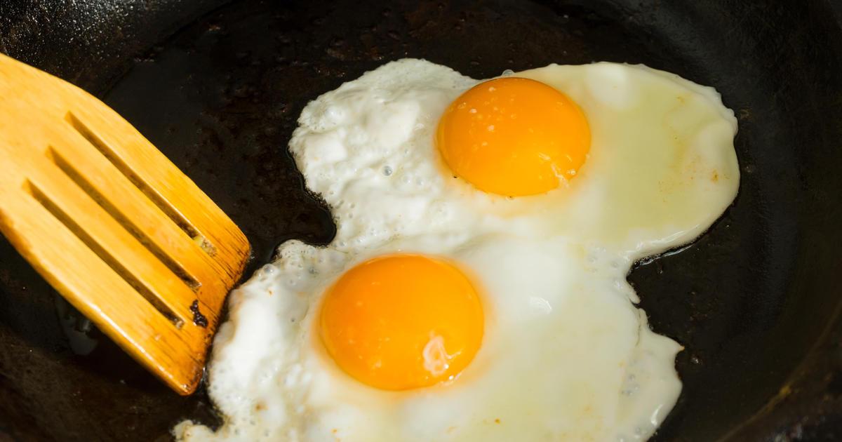 Яйца — продукт полезный, но их нельзя есть более 3 в неделю. Вот почему
