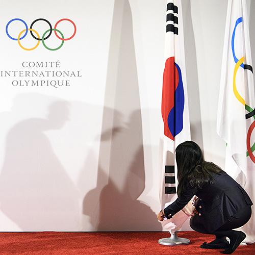 МОК может перепроверить не получивших приглашение на Олимпиаду российских спортсменов