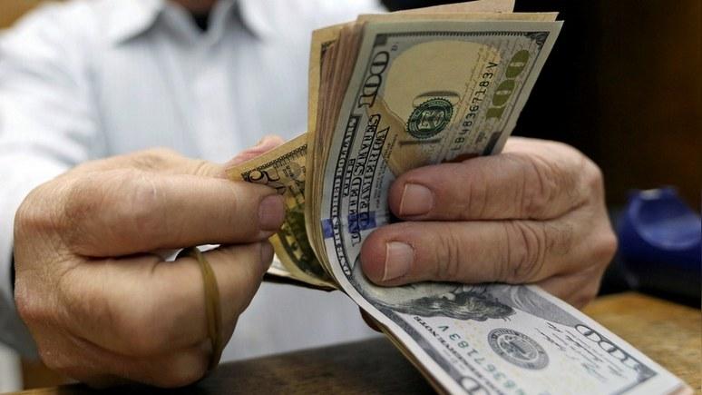 Forbes: доллар силён, пока с…