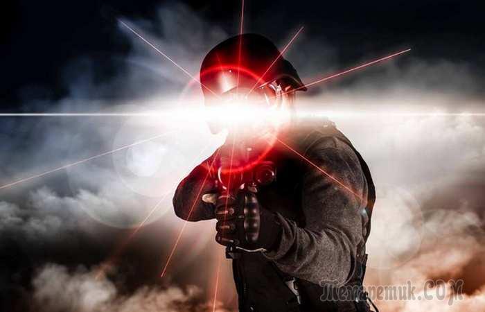 «Осторожно, лазер!»: 10 серьёзных опасностей, которые таят в себе обычные лазерные указки