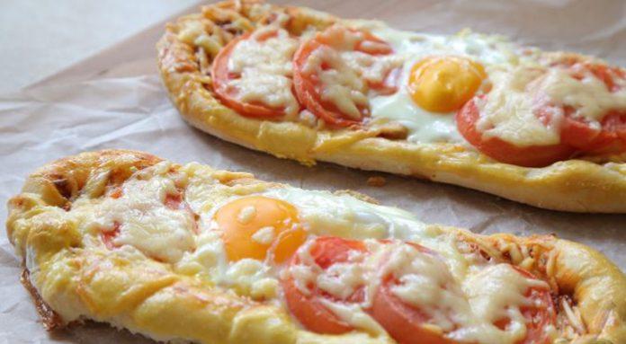 Готовим очень эффектное и вкусное блюдо турецкой кухни — пицца «Пиде»