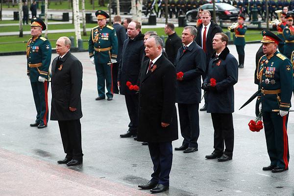 В США развенчали миф о Второй мировой войне и посоветовали политикам съездить в Москву - СМИ