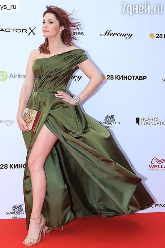 Образ дня: Екатерина Вуличенко в KHAN