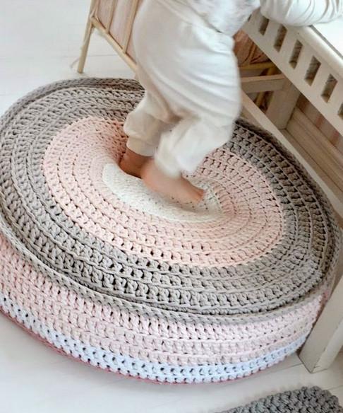 Удивительные идеи для вязания из трикотажной пряжи