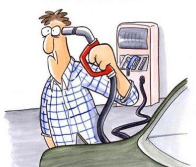 Госдума утвердила повышение акцизов на бензин и автомобили мощнее 200 л.с.
