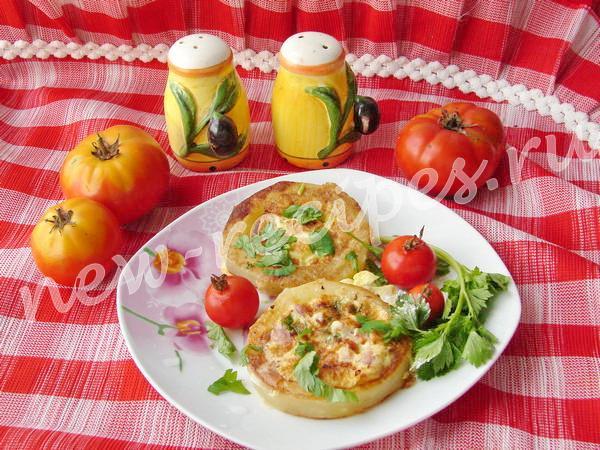 Омлет из кабачка с яйцом и ветчиной