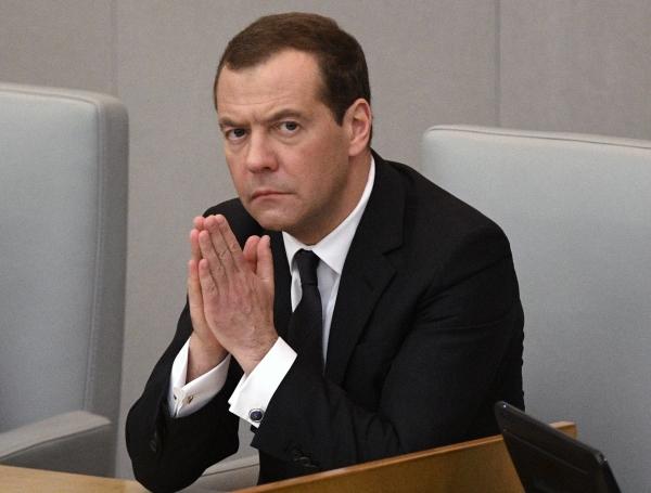 Подорожание бензина уронило рейтинг правительства России
