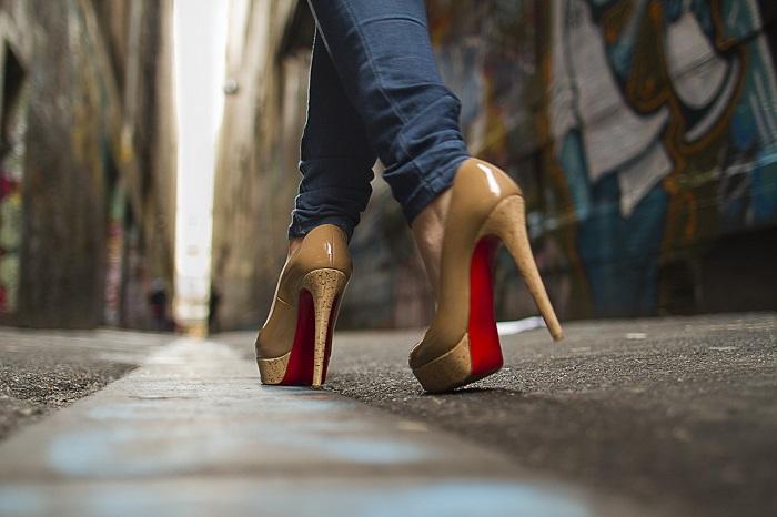 Полезные секреты, которые облегчат жизнь любительницам туфель на каблуках